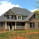 Helpful Hints For Maintaining The Integrity Of Your Roof